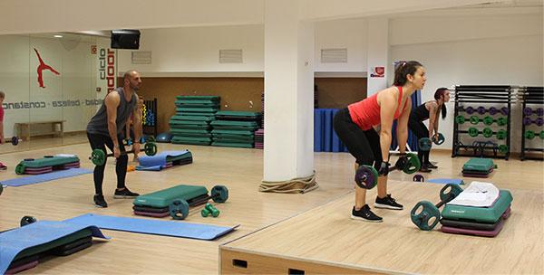 dirección de programas fitness